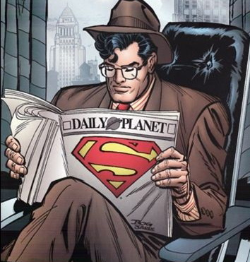clark-reading-the-daily-planet